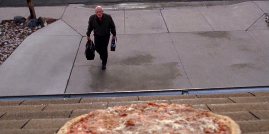 """Breaking Bad""-huset bombarderas med pizzor"